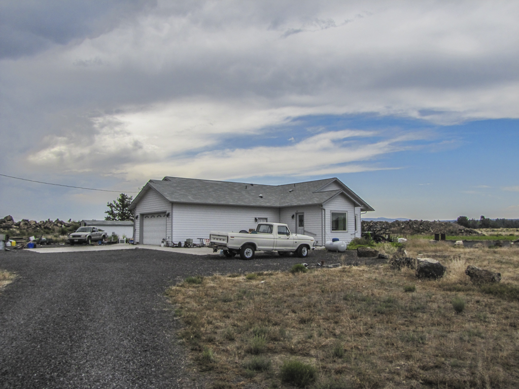 Views and convenient location on this 20 acre single level home!