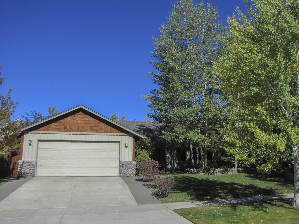 Beautiful Home in Bend For Sale