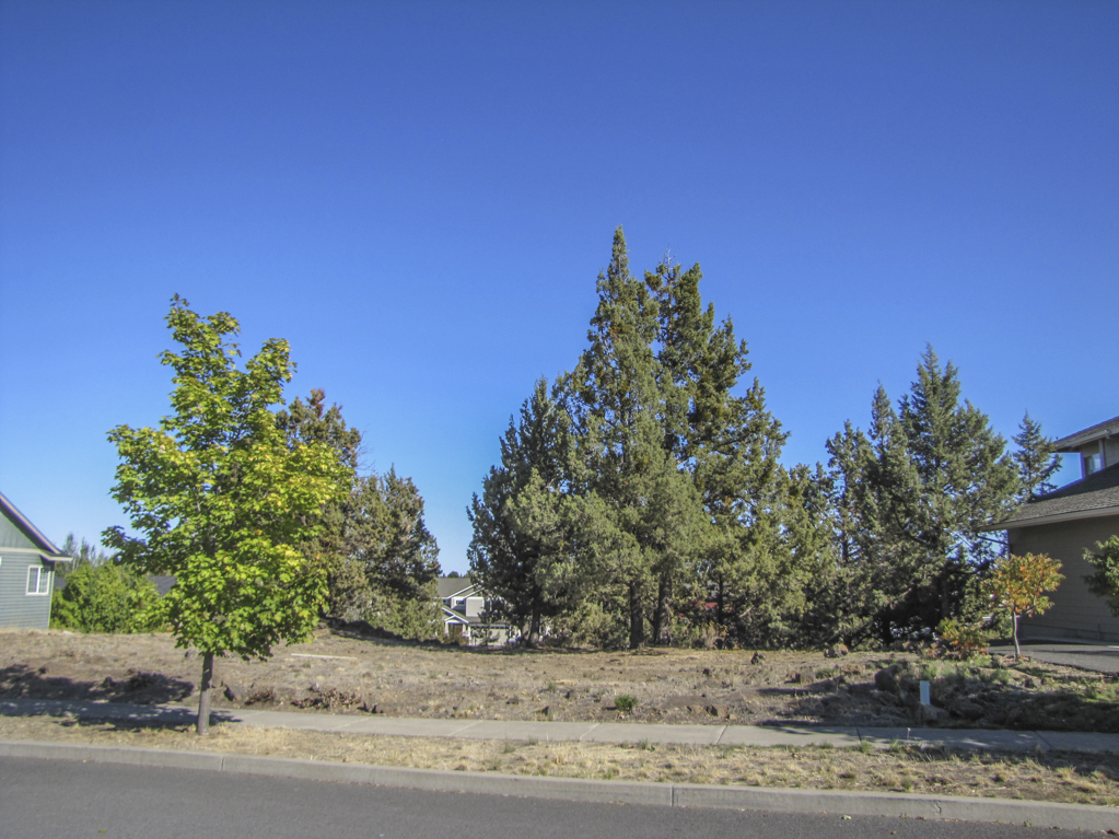 Over a quarter acre lot in Bend now for sale!