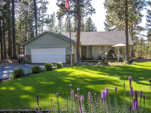 Beautiful Well-Maintained Home on a Gorgeous Property!