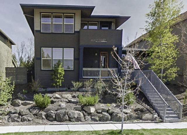 Gorgeous Bend home in Skyliner Summit with dual Masters.
