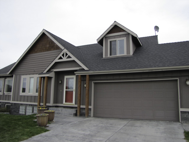 True pride of ownership shows immediately through this gorgeous 4-bed 3000sf Beauty.