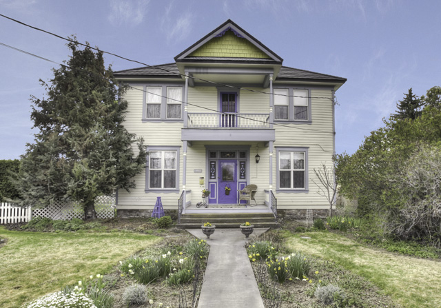 Historic Beauty with Victorian Charm in Downtown Prineville.