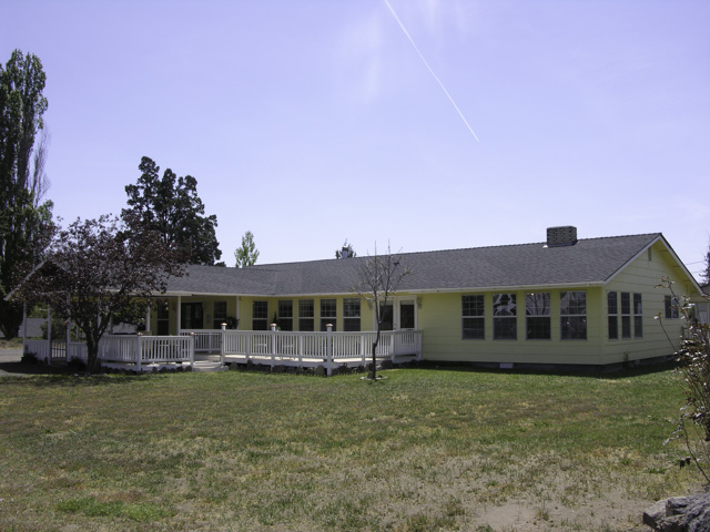 Single Level Home with Shop and Studio on 1 Acre!