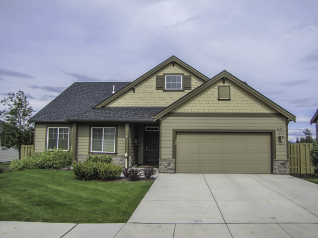 Gorgeous single level home in a quiet Redmond neighborhood!